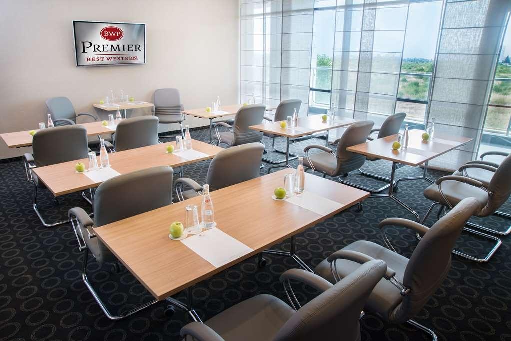 Best Western Premier Sofia Airport Hotel - Sala de reuniones
