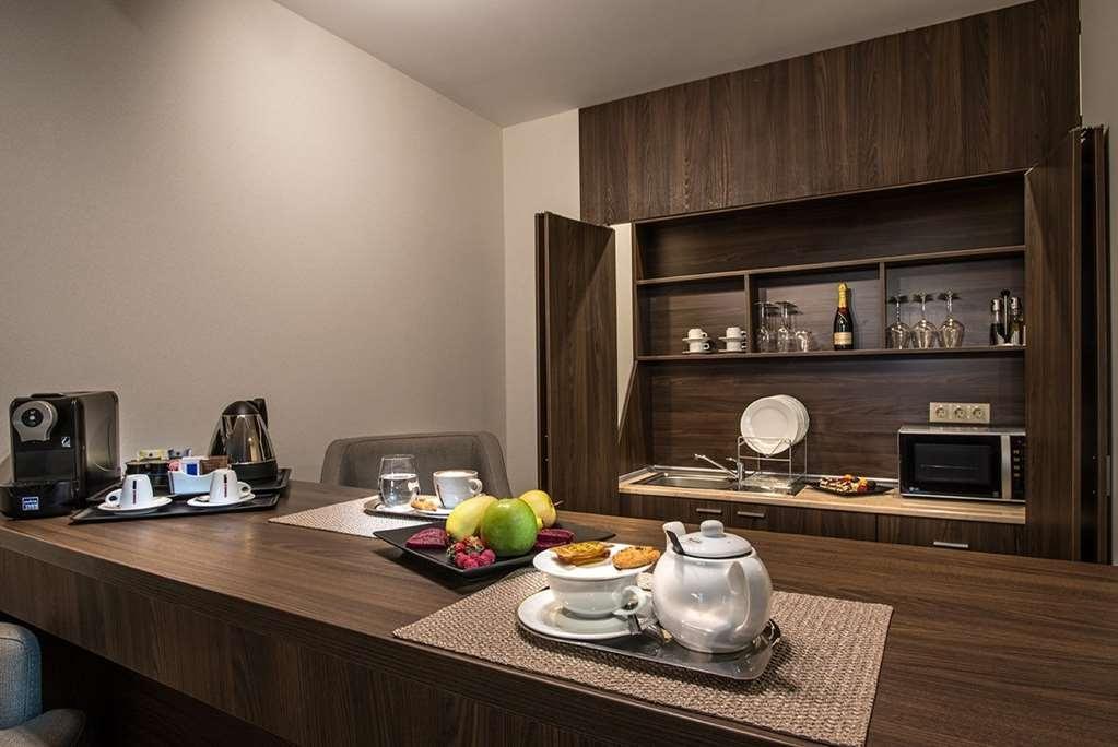 Best Western Premier Sofia Airport Hotel - Suite