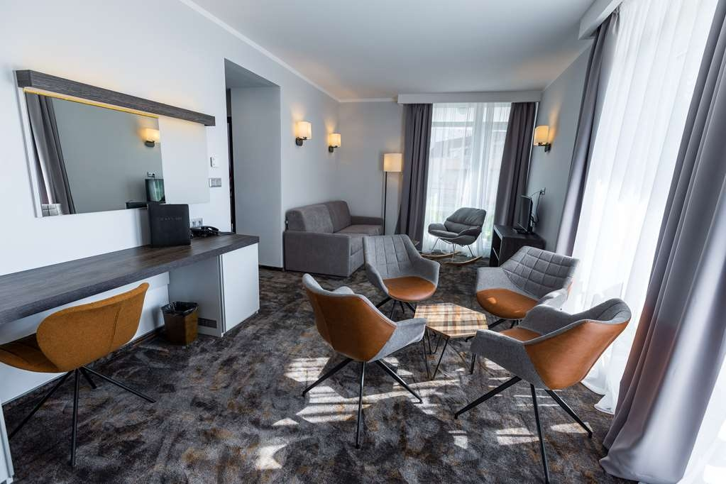 Best Western Plus Premium Inn - Suite