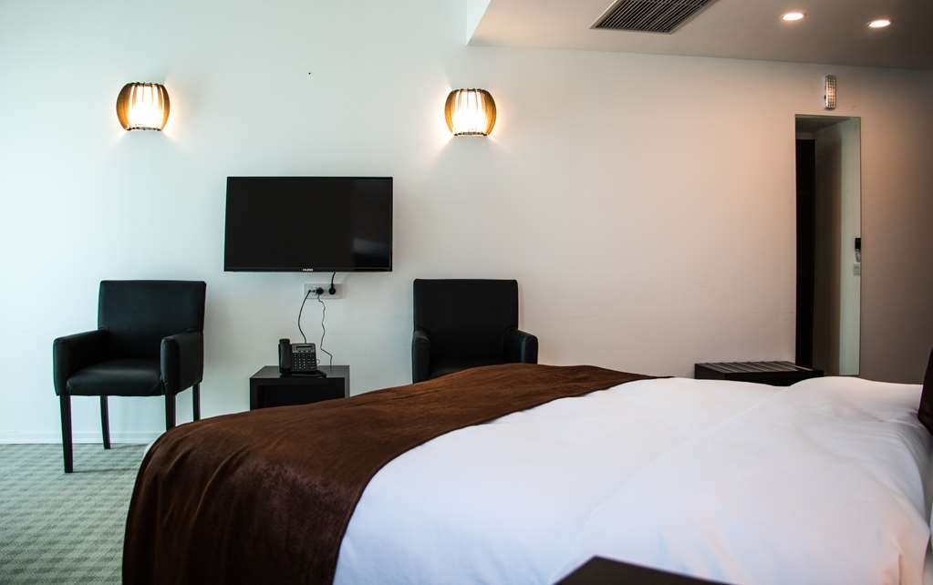 Best Western Hotel Galla - Double Room with Queen Bed
