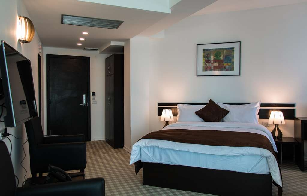 Best Western Hotel Galla - Double Room with King Bed
