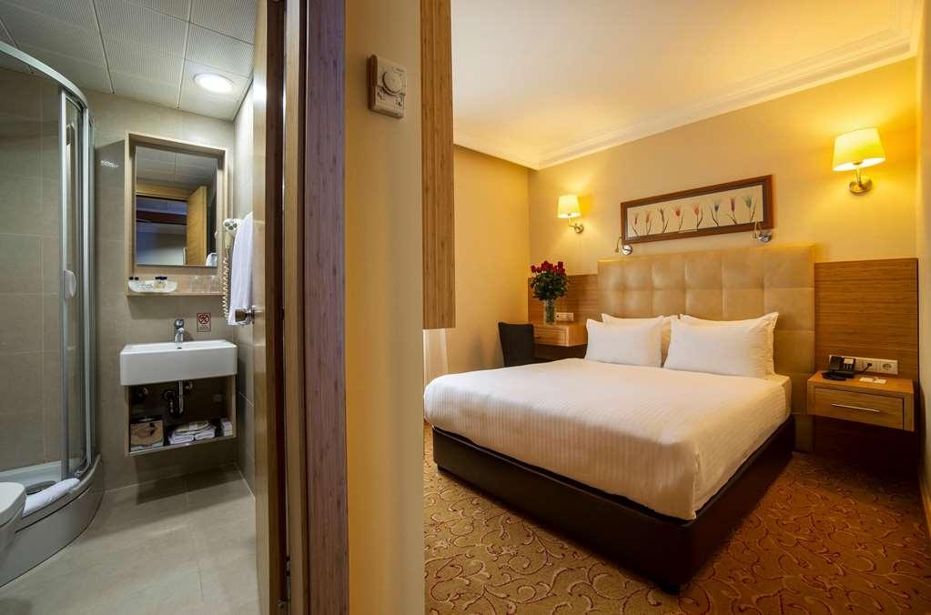 Best Western Citadel Hotel - Standard Double Room
