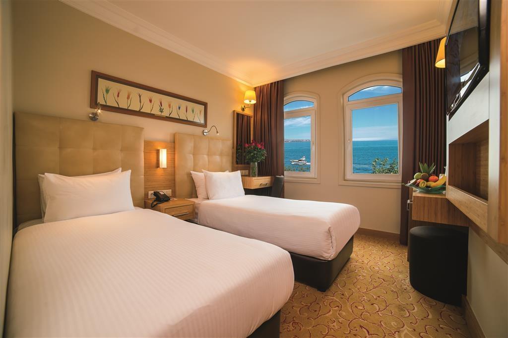Best Western Citadel Hotel - Standard Twin Room (Sea View)
