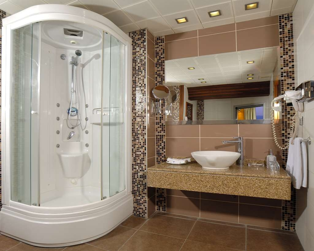 Best Western Plus Hotel Konak - Suit Guest Bathroom