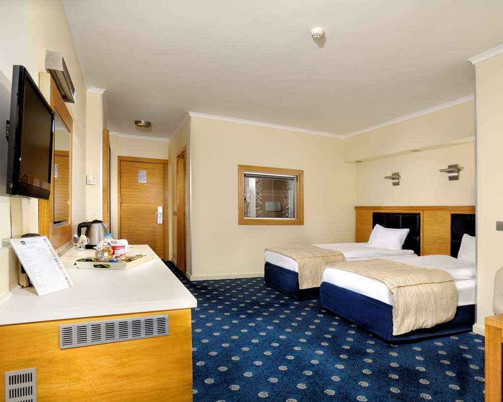 Best Western Plus Hotel Konak - Two Single Bed Guest Room