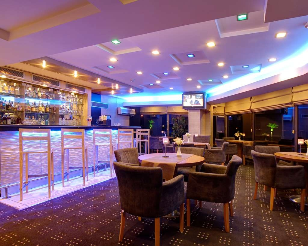 Best Western Plus Hotel Konak - Bar