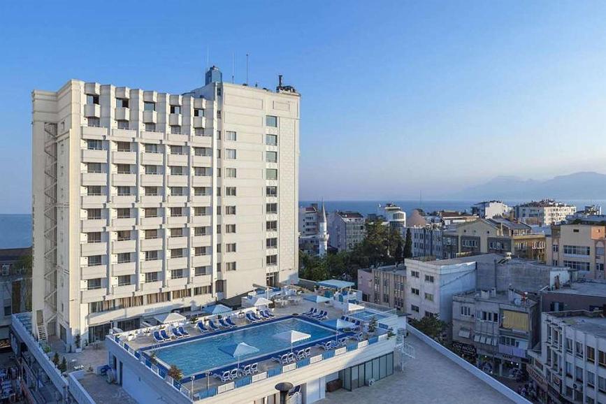 Best Western Plus Khan Hotel - Außenansicht