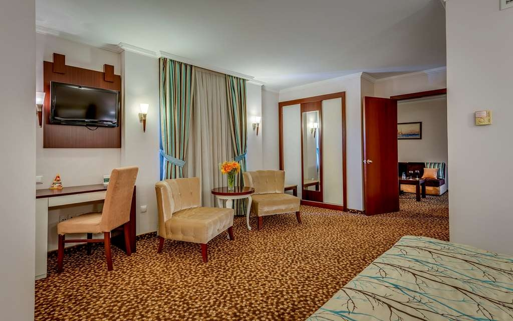 Best Western Plus Khan Hotel - Suite