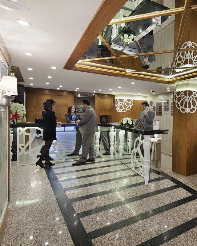 Best Western Plus Khan Hotel - Lobbyansicht