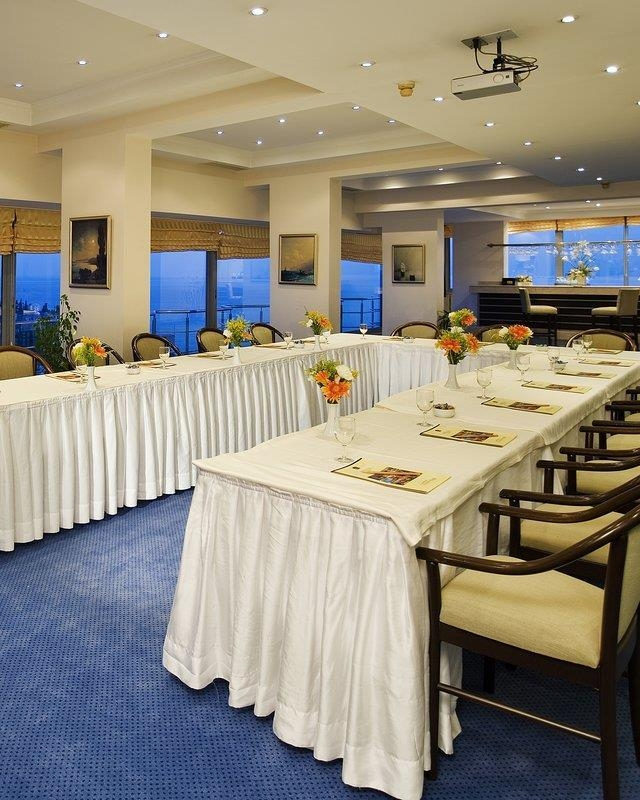 Best Western Plus Khan Hotel - Meeting Room
