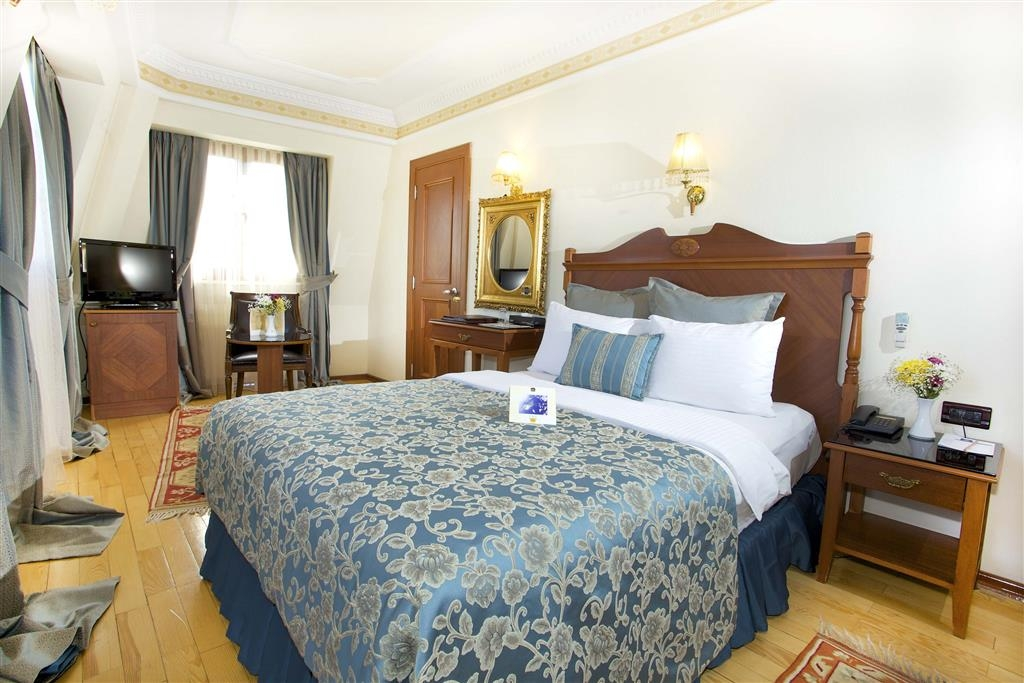 Best Western Empire Palace - Double Room