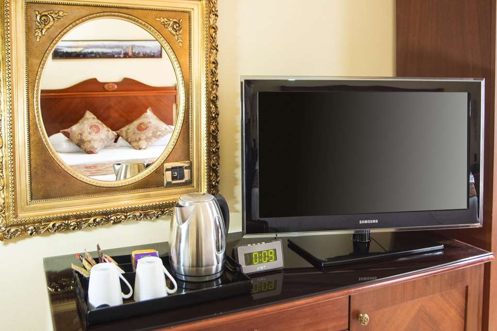 Best Western Empire Palace - Guest Room Amenities
