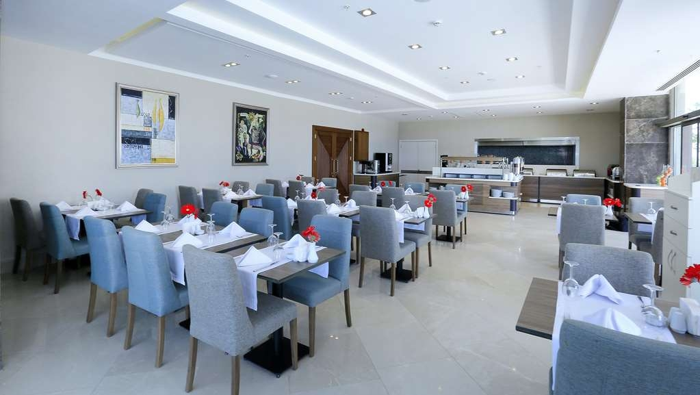 Best Western Premier Karsiyaka - Restaurante/Comedor
