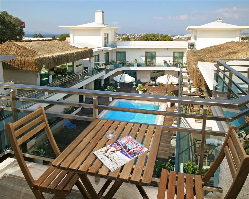 Best Western Plus Cesme Hotel - Esterno