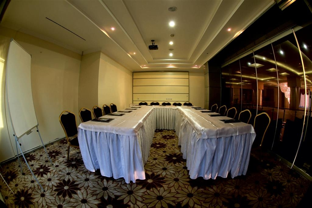 Best Western Ravanda Hotel - Salle de réunion