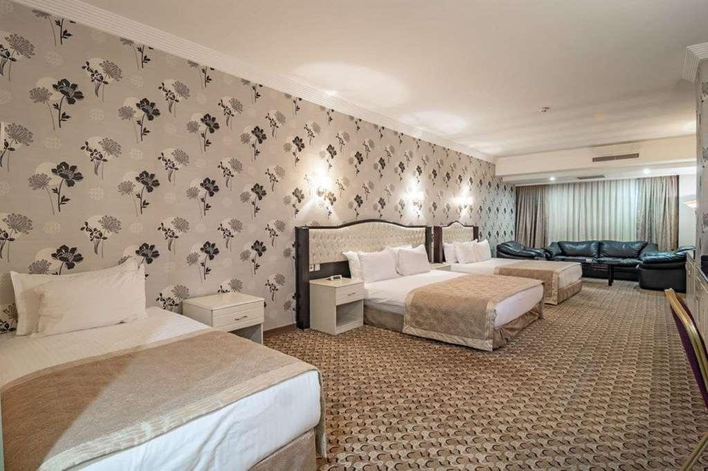 Best Western Ravanda Hotel - Three Single Bed Guest Room