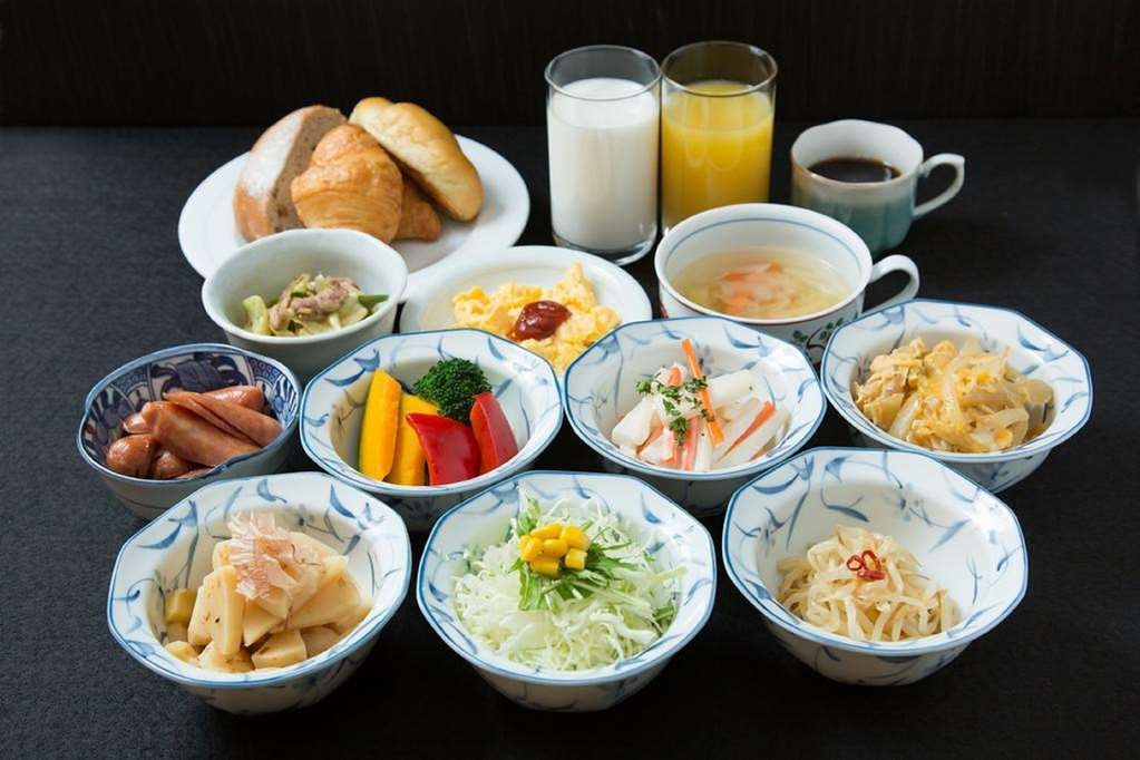 Best Western The Japonais Yonezawa - Food and Beverage