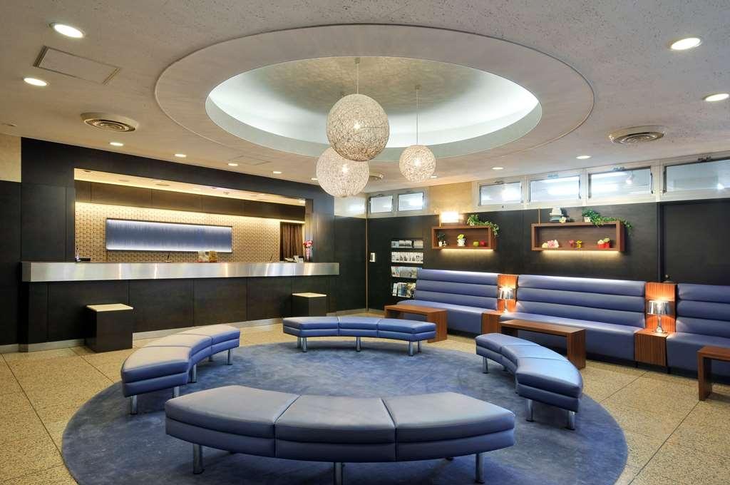 Best Western Tokyo Nishikasai - Vue du lobby