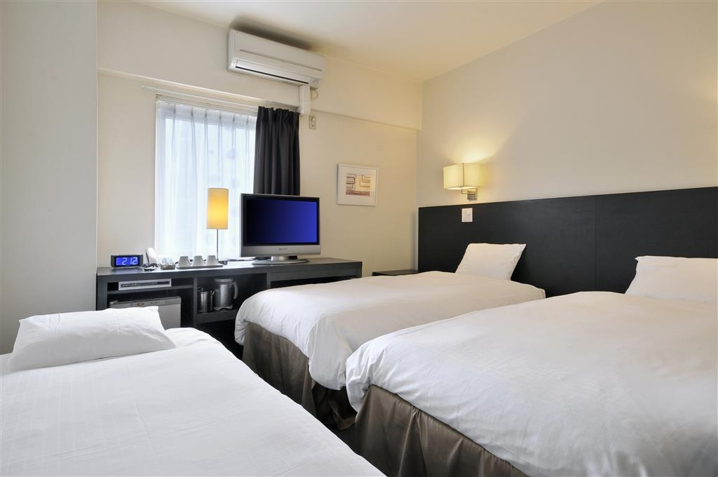 Best Western Yokohama - Two Single Beds with Extra
