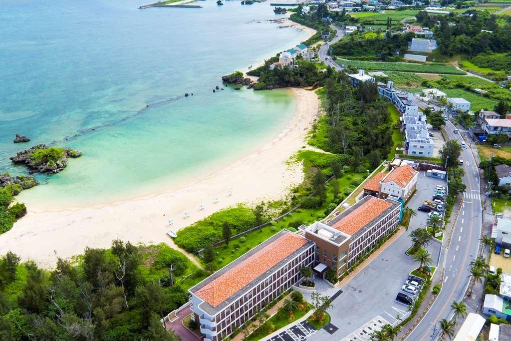 Best Western Okinawa Onna Beach - Facciata dell'albergo