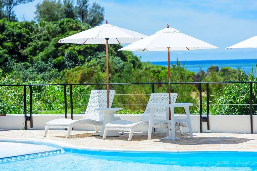 Best Western Okinawa Onna Beach - Piscina