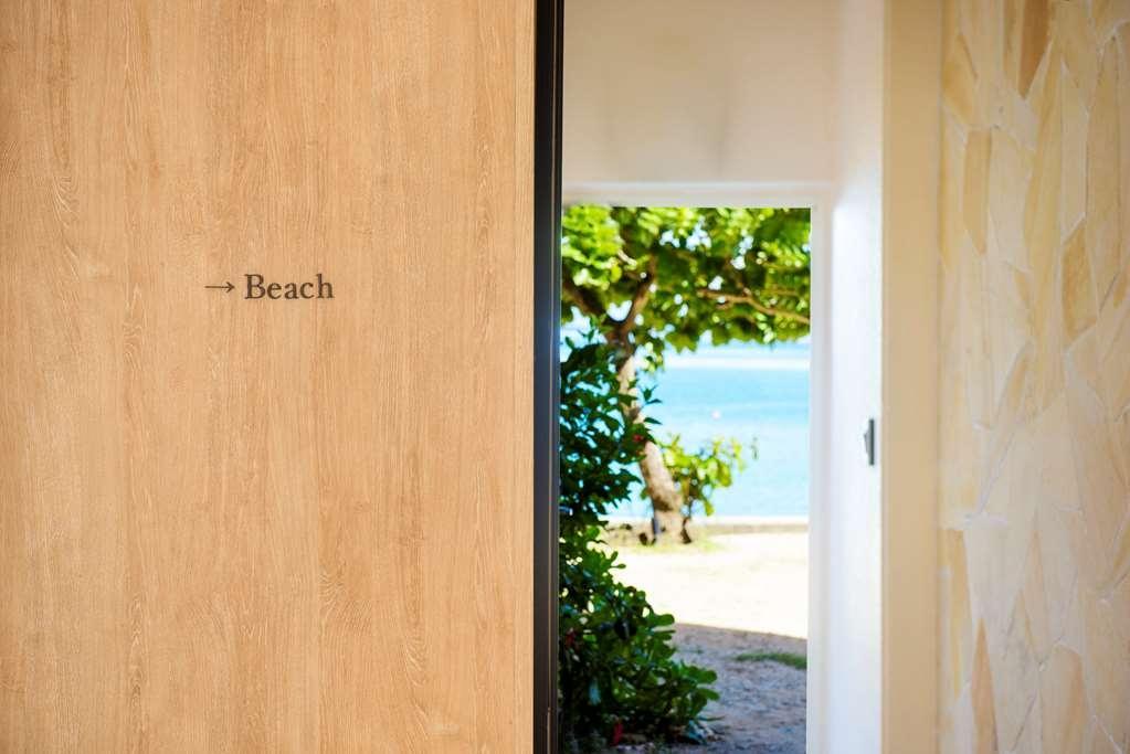 Best Western Okinawa Kouki Beach - Lobby to Beach