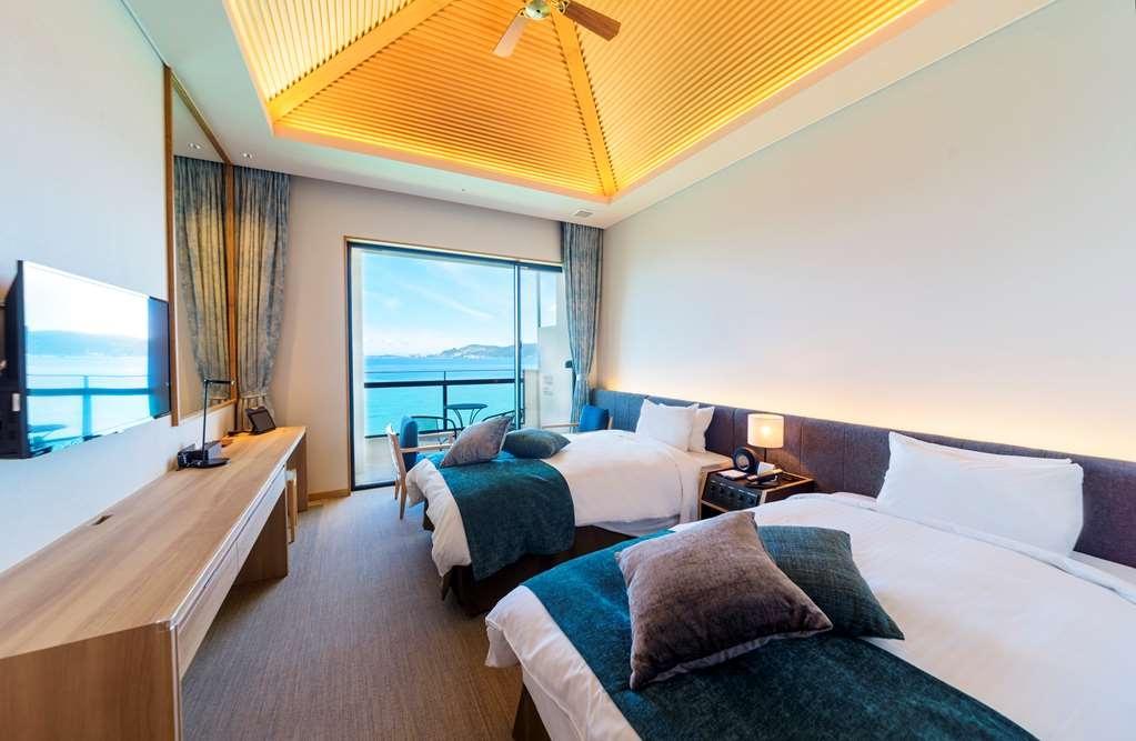 Best Western Okinawa Kouki Beach - Executive Twin Room