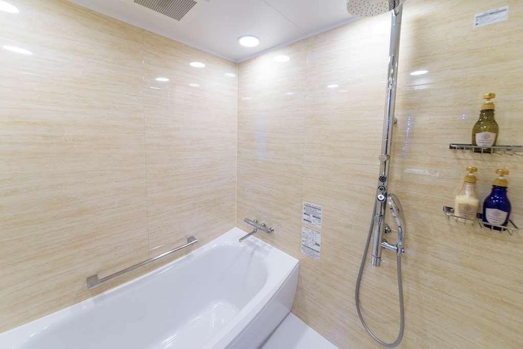 Best Western Okinawa Kouki Beach - Executive Twin Room Bath