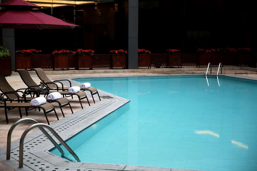 Best Western Premier Shenzhen Felicity Hotel - Poolansicht