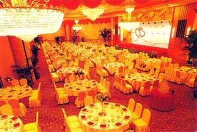 Best Western Premier Shenzhen Felicity Hotel - The Grand Imperial Ballroom can accommodate up to 1,000 guests for receptions.