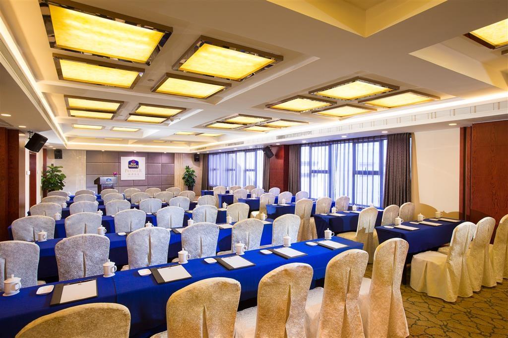 Best Western Premier Ocean Hotel - Meeting Room