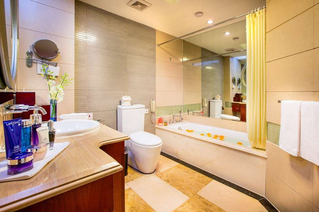 Best Western Premier Ocean Hotel - Queen Executive