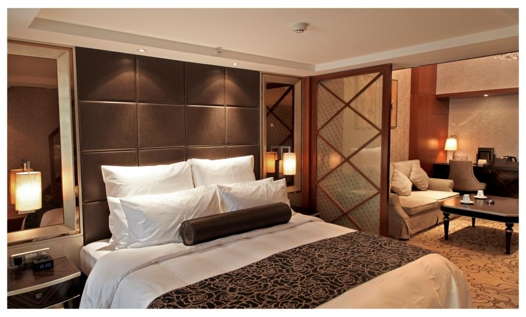 Best Western Premier Hotel Hefei - Bedroom of Business Loft