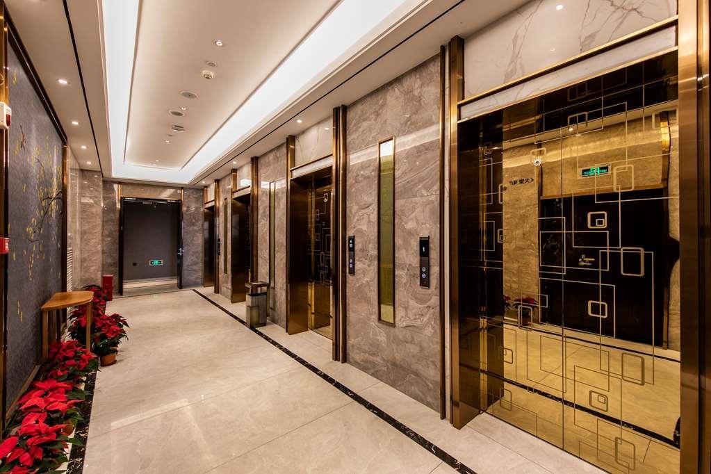 Best Western Plus Ouyue Hotel Fuzhou - Elevator
