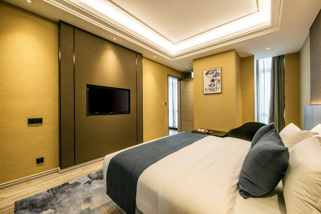 Best Western Plus Ouyue Hotel Fuzhou - Superior Guest Room with One Queen Size Bed or Two Twin Beds Upon Request