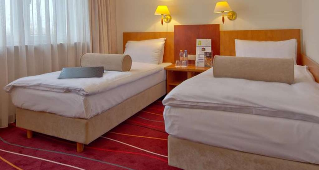 Best Western Hotel Portos - Premium Two Twin Bed Guest Room