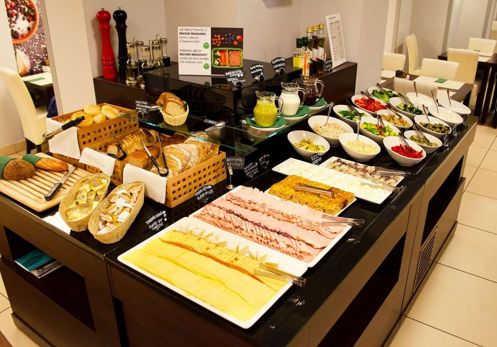 Best Western Hotel Portos - Buffet breakfast