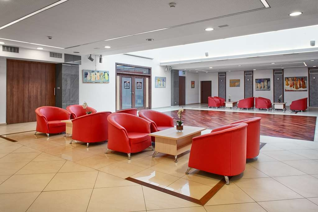 Best Western Hotel Poleczki - Vista del vestíbulo