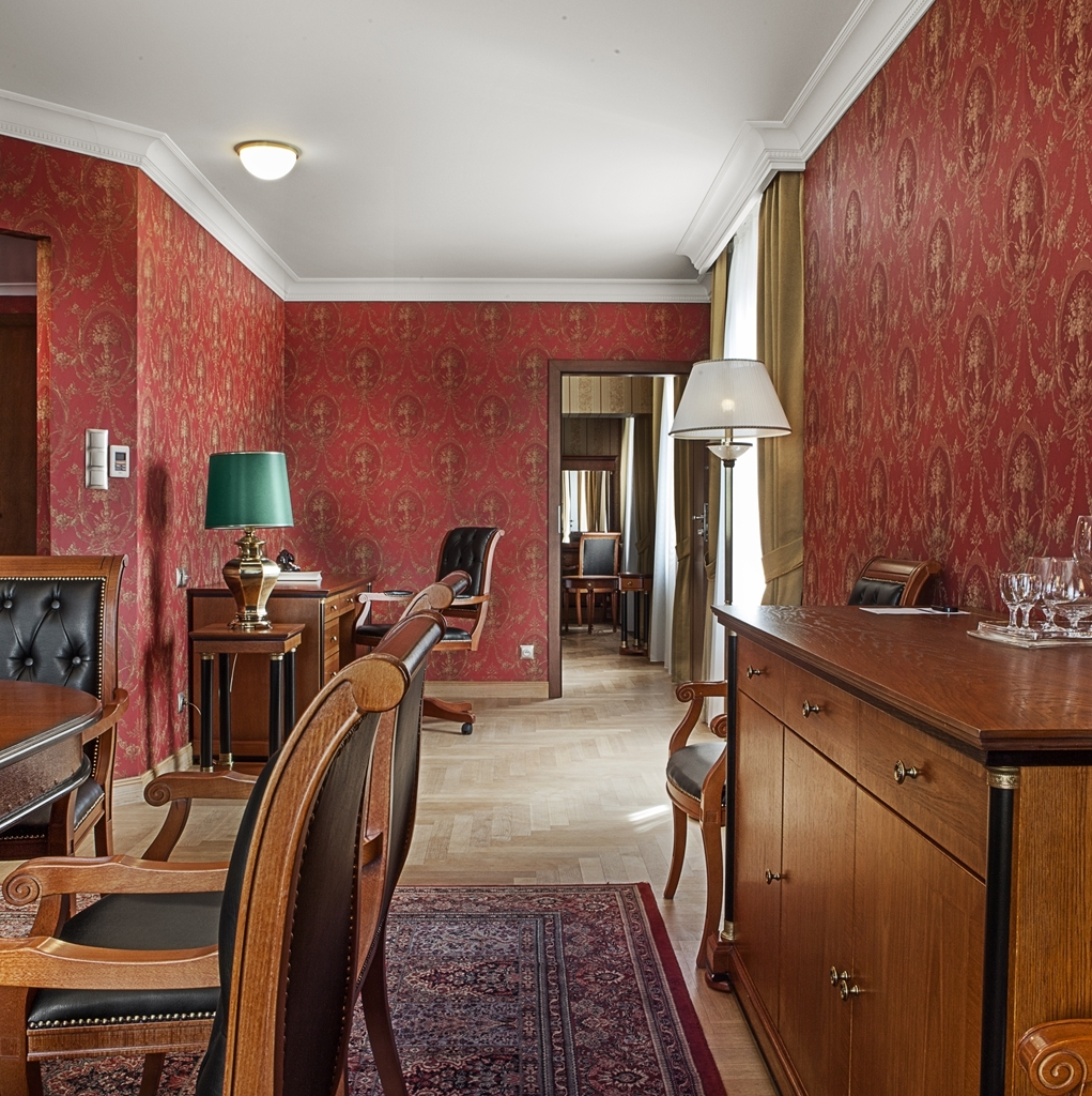 Best Western Grand Hotel - Executive Suite