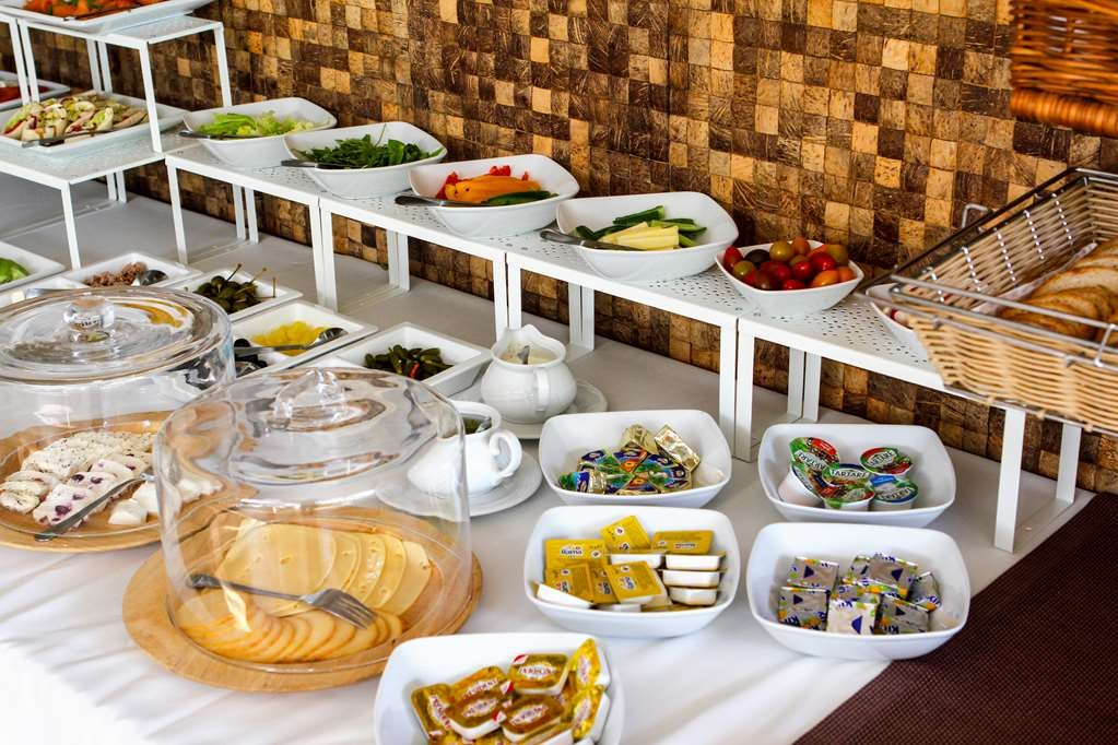 Best Western Grand Hotel - Breakfast
