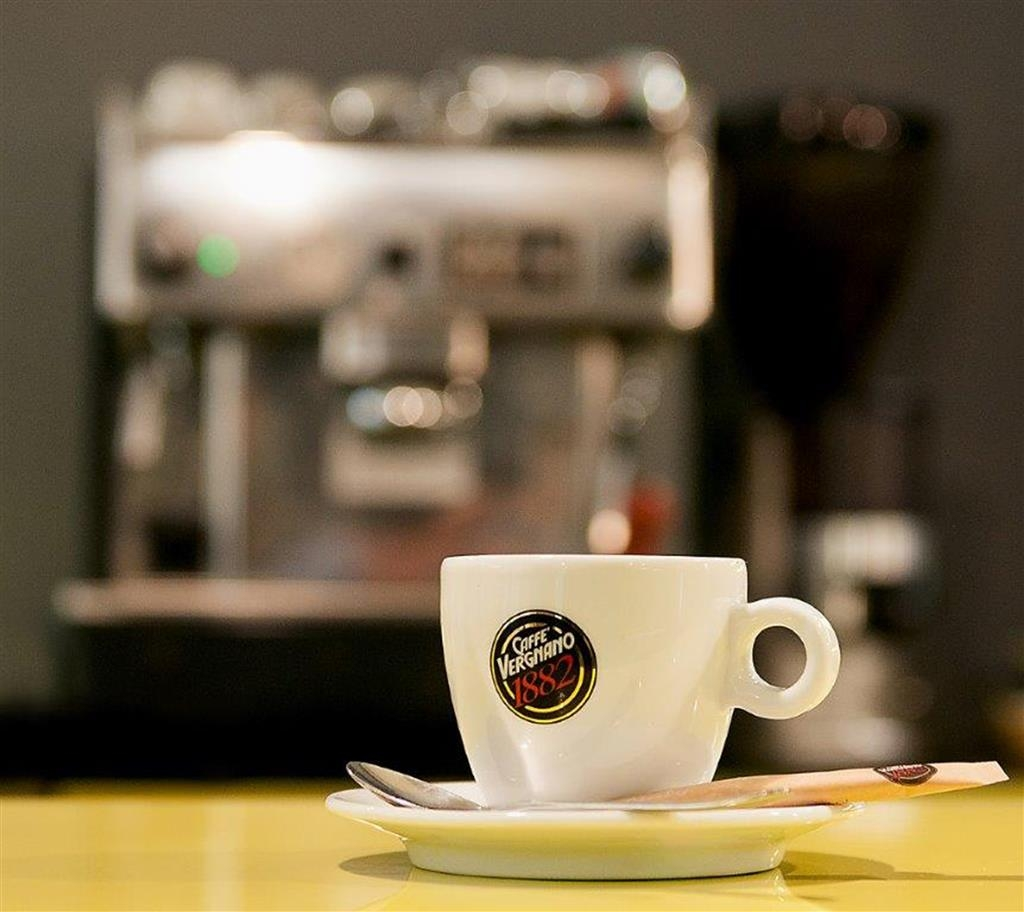 Best Western Hotel Trybunalski - Enjoy delicious coffee in our restaurant.