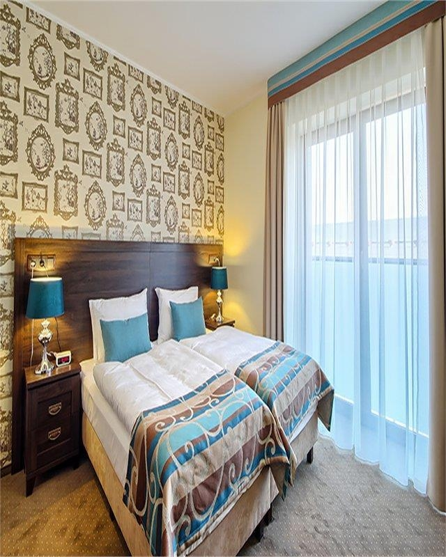 Best Western Hotel Opole Centrum - Camera con letto matrimoniale