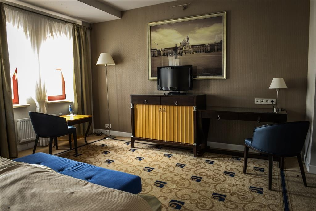 Best Western Plus Hotel Dyplomat - Camera con letto matrimoniale