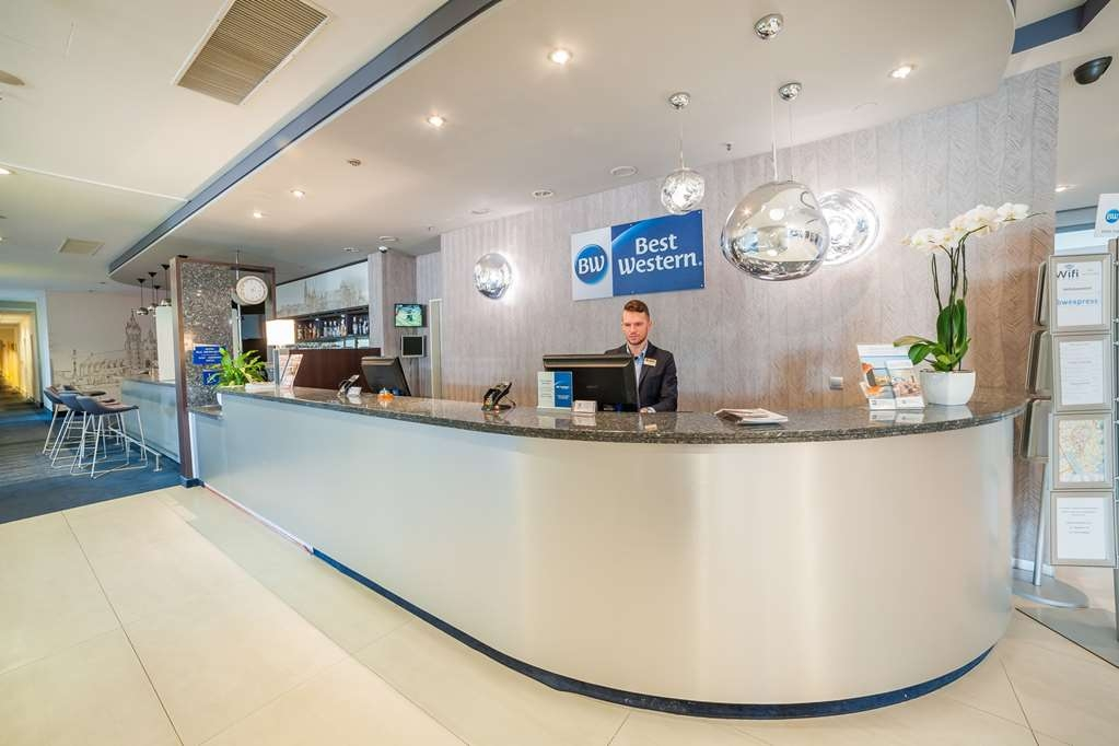 Best Western Efekt Express Krakow Hotel - Réception