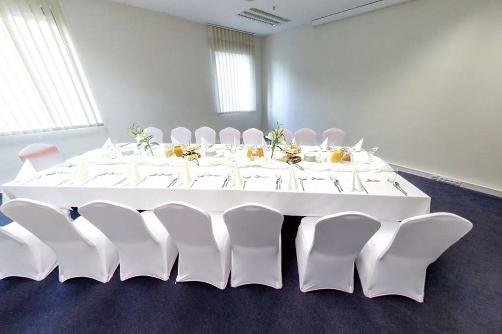 Best Western Efekt Express Krakow Hotel - Blue Room - conference room
