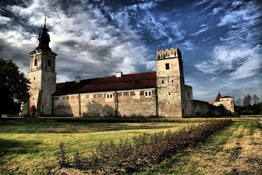 Best Western Plus Hotel Podklasztorze - The Attic Towers is the highest class monument of Romanesque architecture.