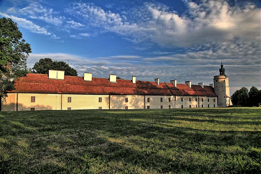 Best Western Plus Hotel Podklasztorze - Hotel is located in the 12th century buildings of the Cistercian Abbey.