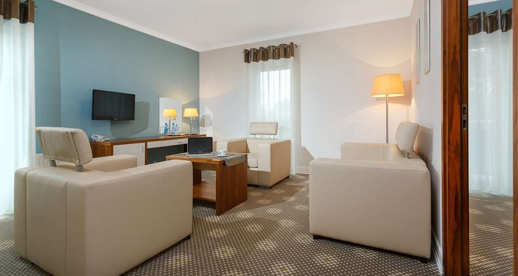 Best Western Hotel Jurata - King Suite with comfortable living room.