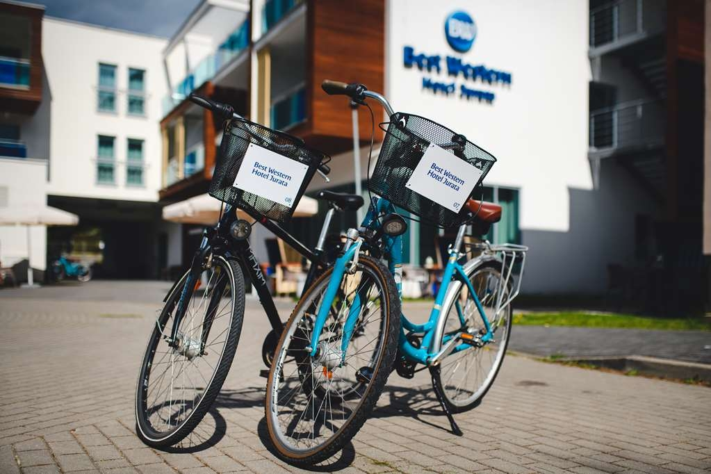 Best Western Hotel Jurata - Bicycles in front of hotel