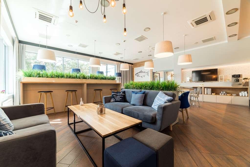 Best Western Hotel Jurata - Bistro Area